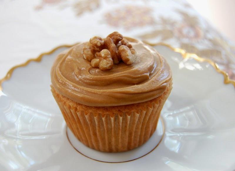Coffee Mascarpone Cake Topping