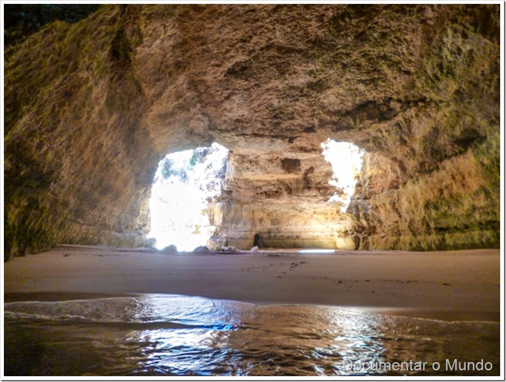 Catedral;  Praias Algarve; Férias Algarve; Grutas Marinhas no Algarve; Sea Caves Algarve; Grotten Fahrt Algarve