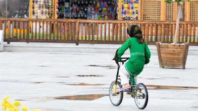 Irán, bicicleta, prohibe, ciclismo