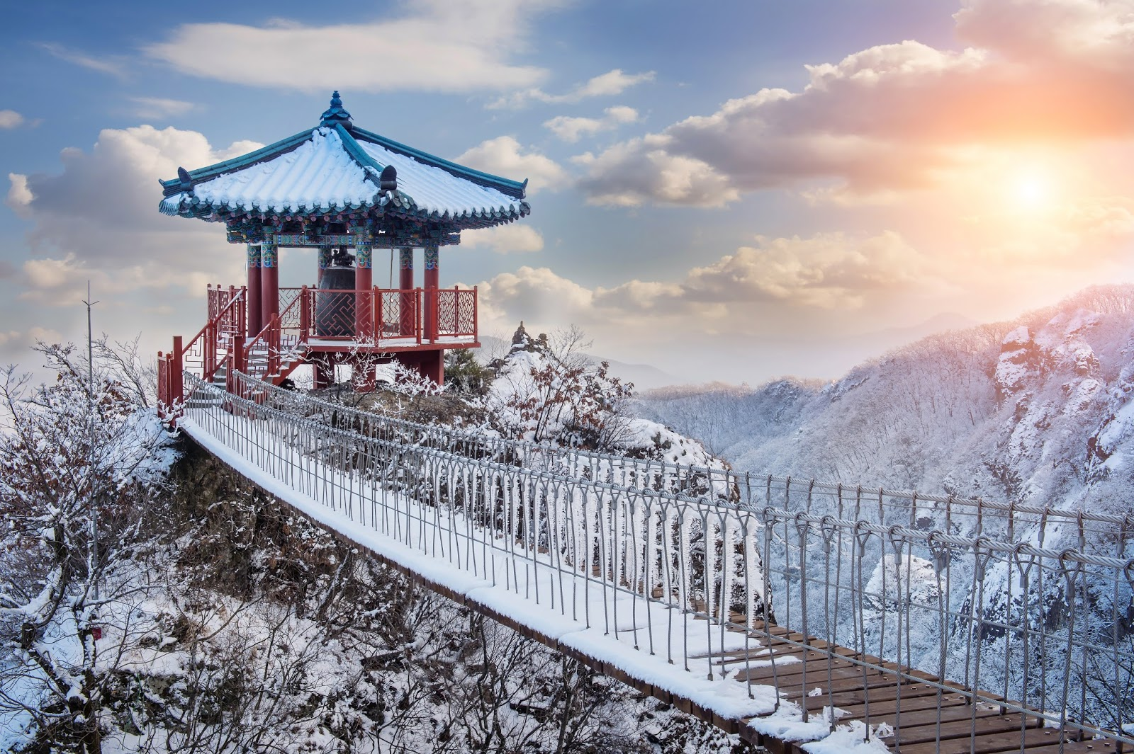 10 ways to stay warm during winter in korea seoul searching for Warm destinations in march