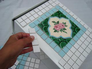 posta-kutusuna-mozaik-yapıştırma