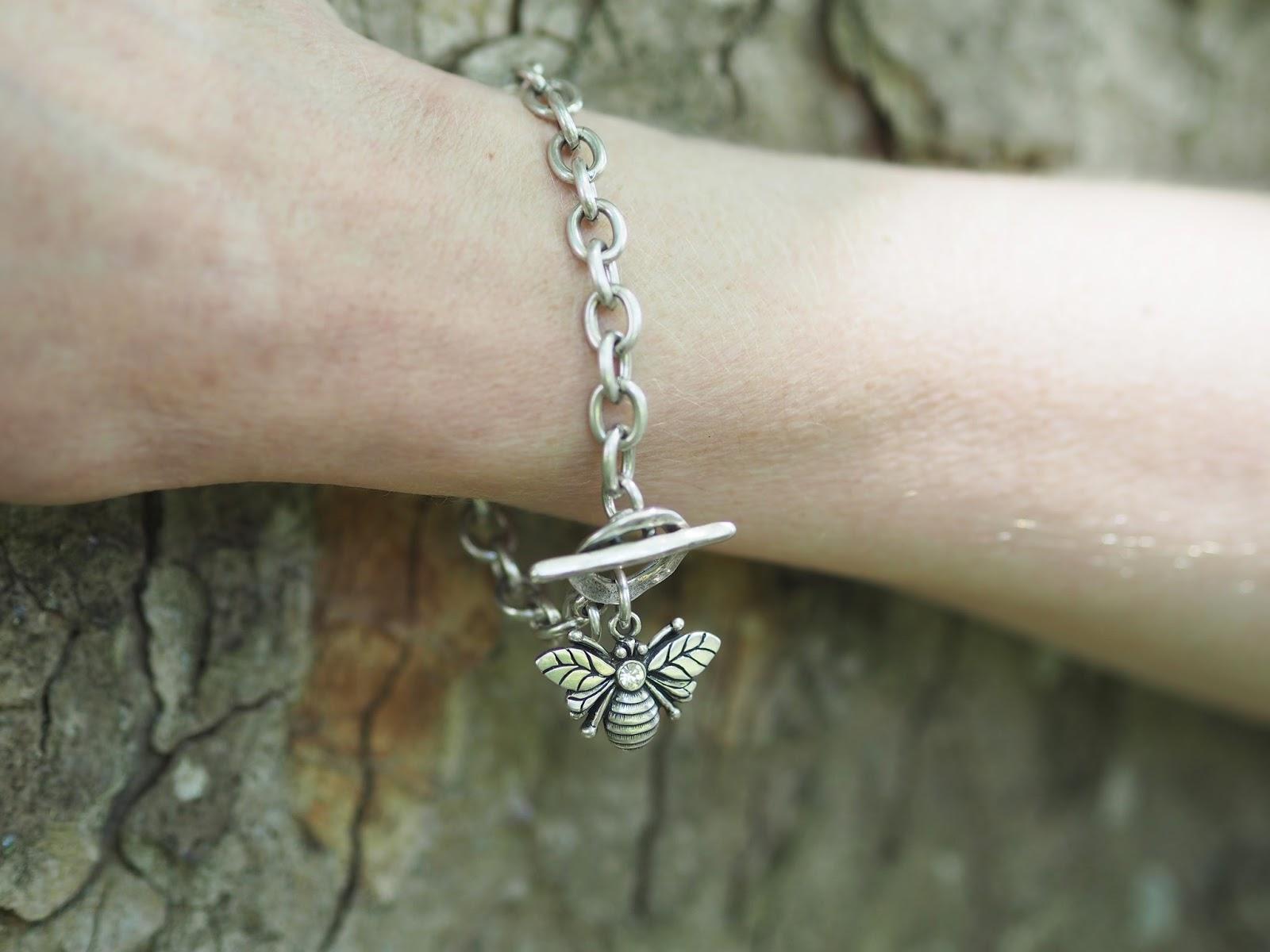 Swarovski-crystal-set-bee-bracelet-danon-LizzyO