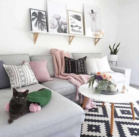 decorate a room with your own Hands