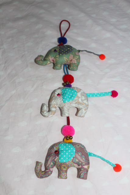 Guirnalda de elefantes de tela DIY