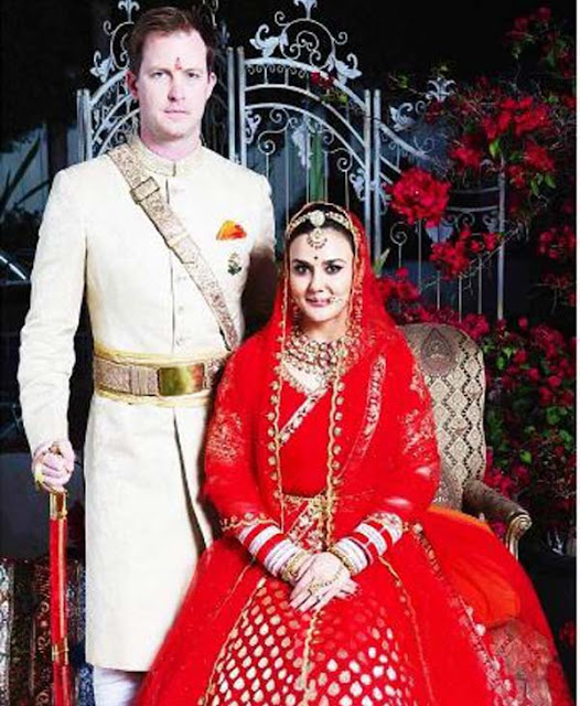 Preity Zinta‬, ‪Gene Goodenough‬‬ ‪Wedding‬ Photos