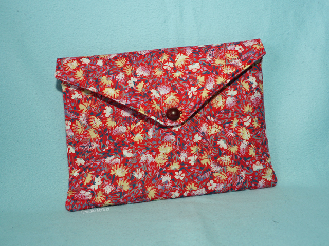 Diva Envelope Clutch Pattern and Tutorial by eSheep Designs ~ Threading My Way