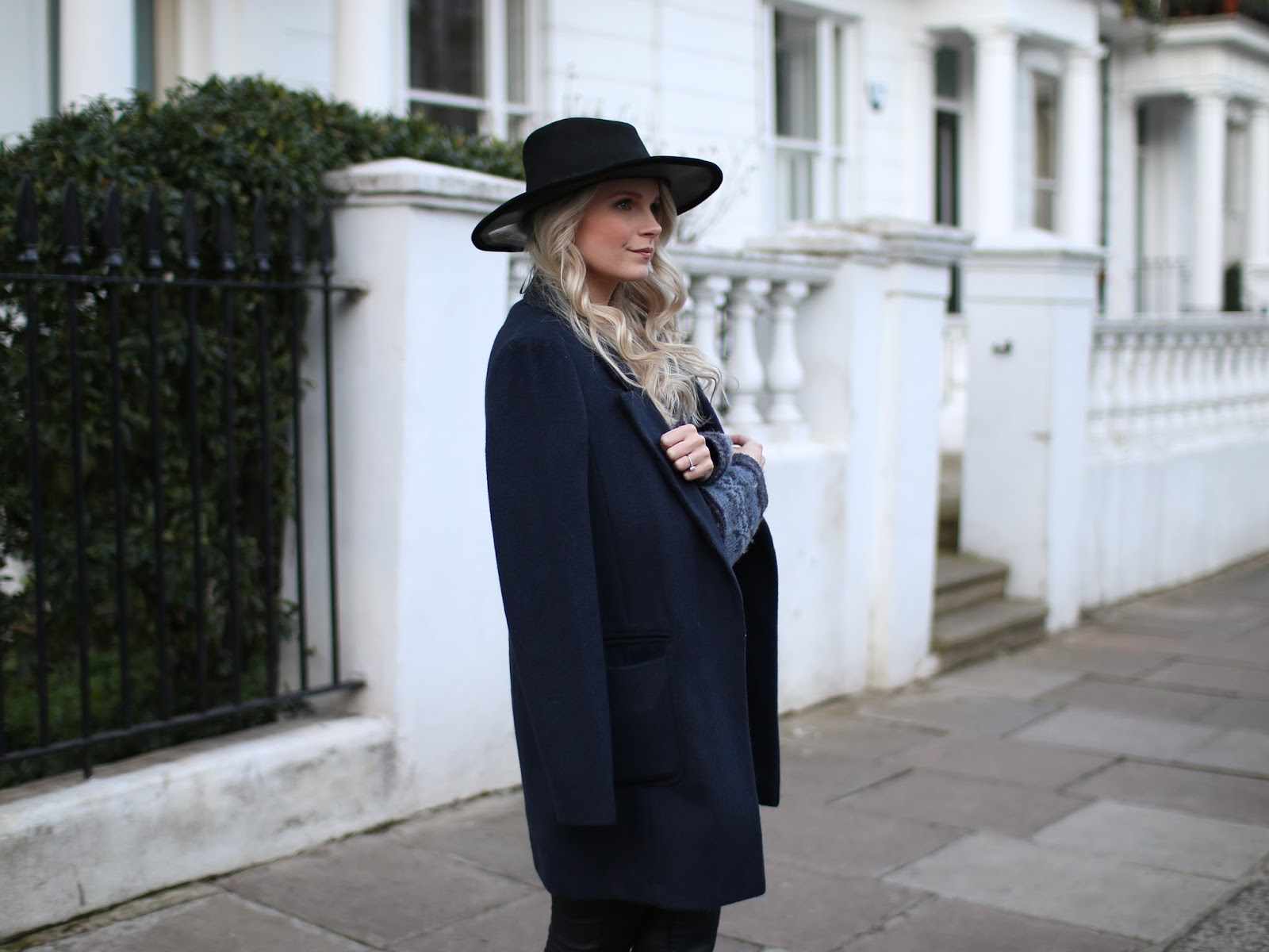 longline navy blue blazer and vintage wide brim hat