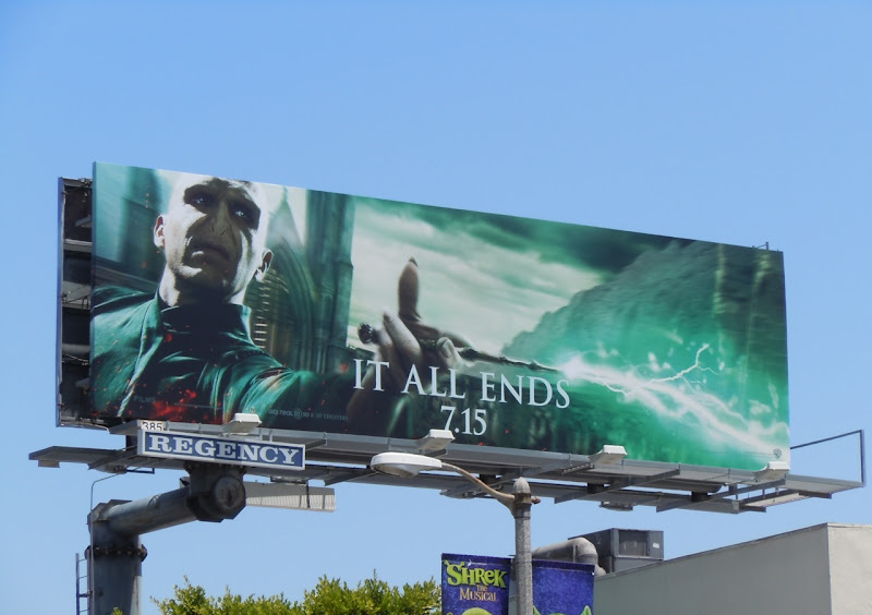 Harry Potter 8 Voldemort billboard