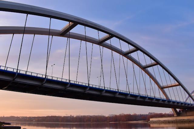 Most gen. Elżbiety Zawackiej w Toruniu