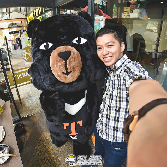 Taiwan Travel Fair 2016 @ Sunway Pyramid [13-15 May]  #TCSelfie with the mascot for Taiwan Tourism