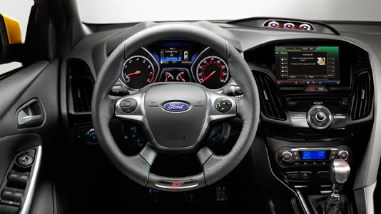 Ford Focus ST 2014 interior
