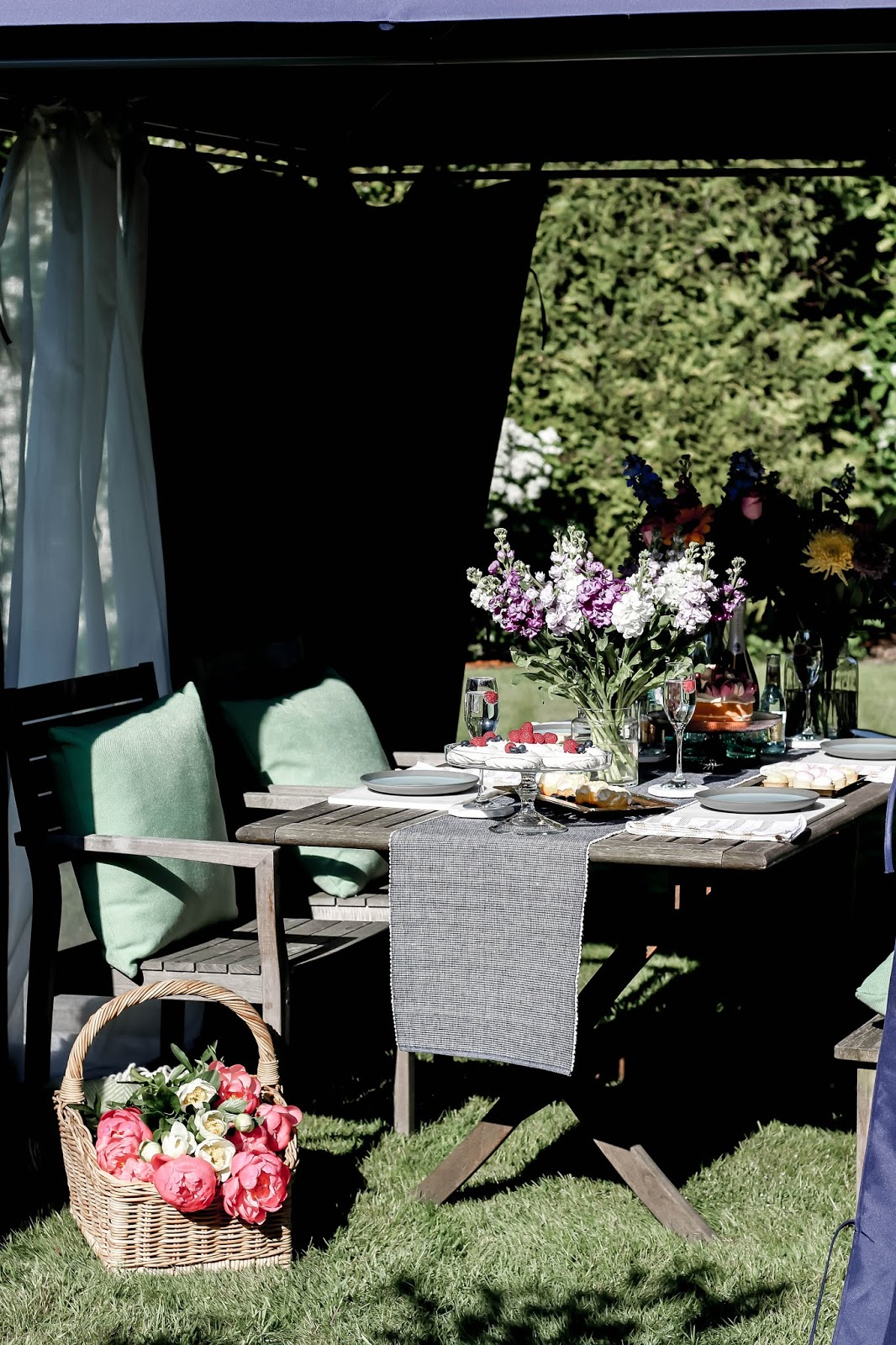 Summer Al Fresco Dining Afternoon Tea Outdoors