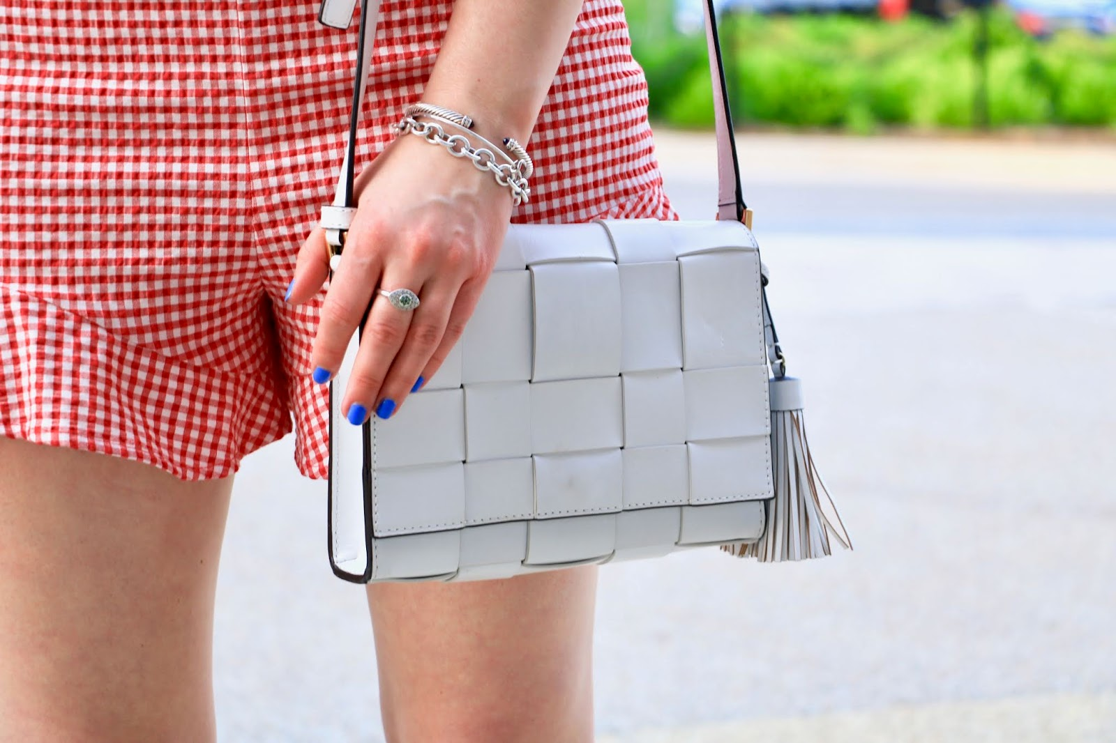 Nyc fashion blogger Kathleen Harper's white weave Michael Kors purse