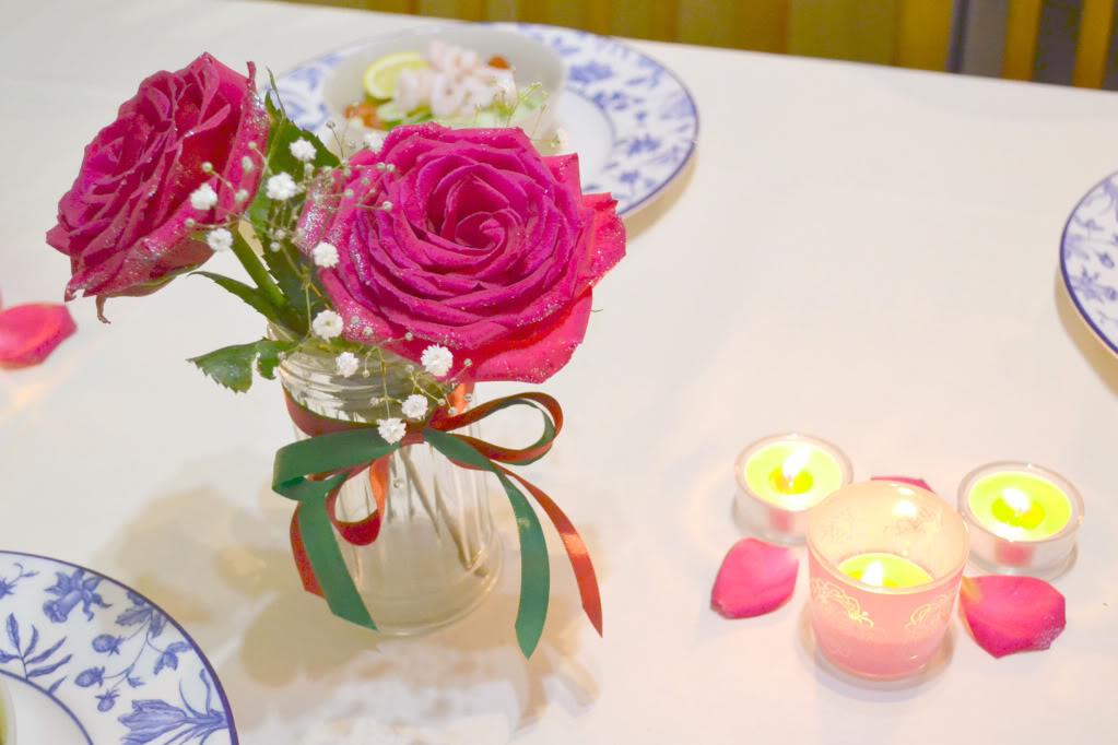 table setting on christmas day