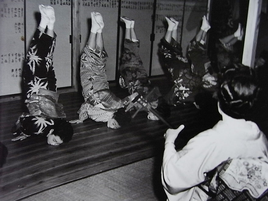 Geisha School, 1951 - Japan's First Woman Photo-Journalist, Still Shooting At The Age Of 101, Reveals Her Secret