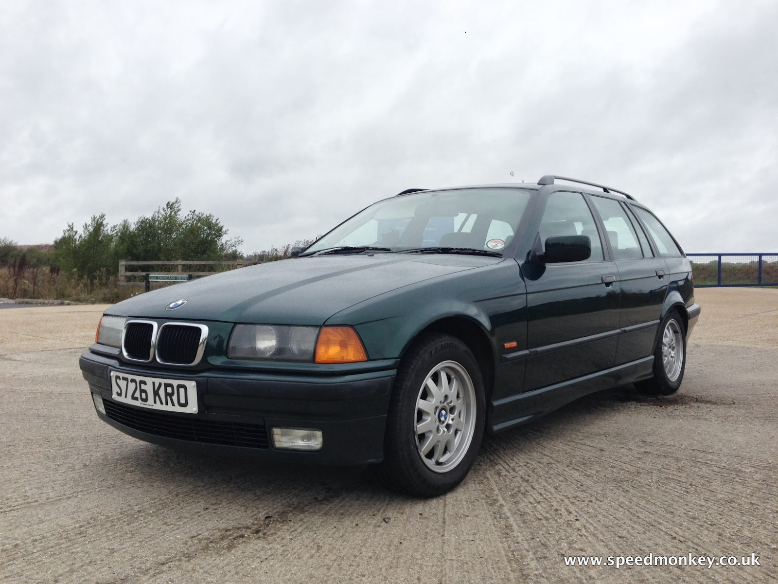 small resolution of bmw 323i se touring