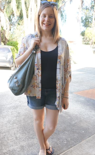 Away From Blue | Postpartum Style: kimono, nursing singlet, denim shorts, Bal day bag