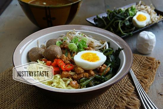 Resep Mi Ayam Kangkung JTT