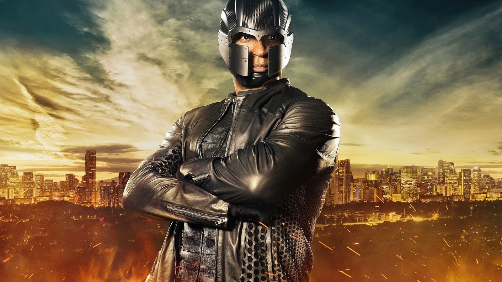 Arrow Season 5 Diggle To Get An Up Do Helmet