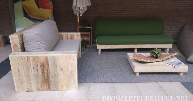Sofas y sillones con cojines de for Sofa columpio exterior