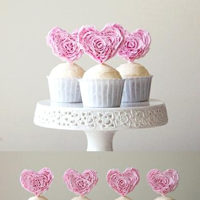 Giveaway | Ruffle Heart Fondant Cupcake Toppers