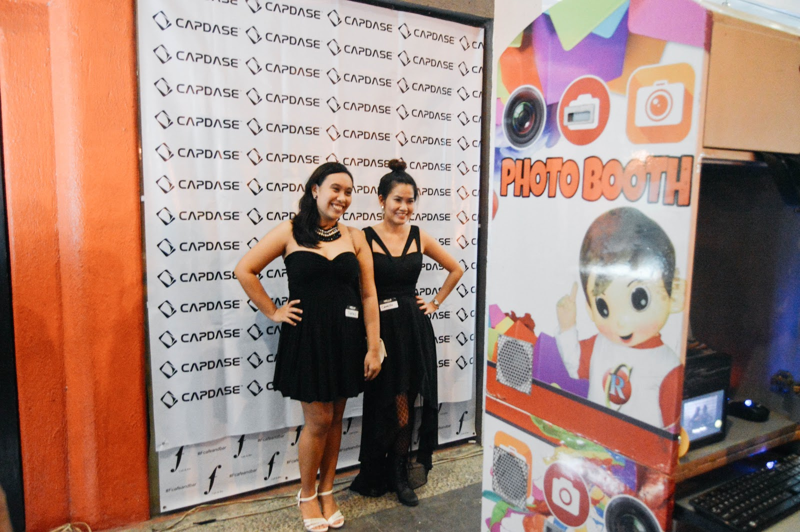 fashion blogger, style blogger, cebu blogger, cebu style blogger, blogger, filipina blogger, cebuana blogger, nested thoughts, katherine cutar, katherine anne cutar, katherineanika, katherine annika, ootd, ootd plipinas, filipina blogger, filipino blogger, cebu blogging community, cebu bloggers, bloggers of cebu, cbc anniversary, cebu blogging community anniversary, yamba, kublai khan, capdase, f cafe and bar, party, black, black party, photo boot, hooq ph, hooq, globe telecom
