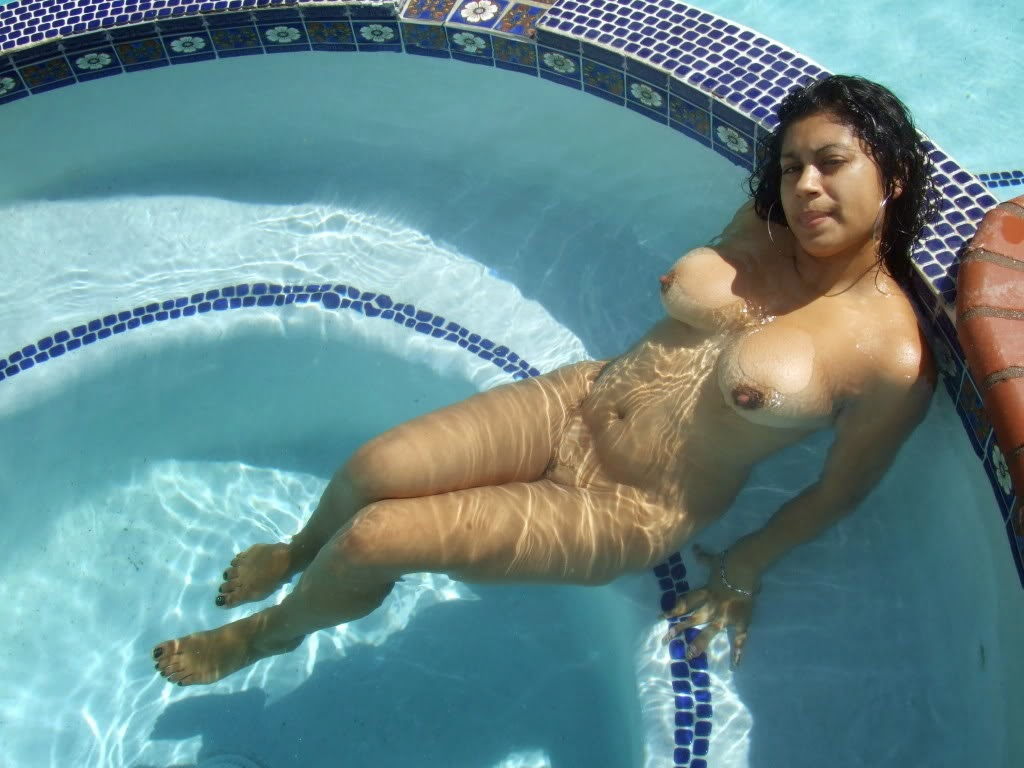Showing Porn Images For Girls Swimming Naked Porn