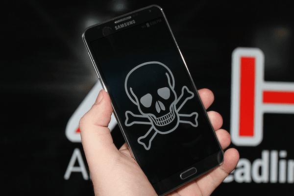 قائمة بالتطبيقات التي تحمل فيروس gooligan الذي يسرق منك معلوماتك الشخصية على الأندوريد | قم بحذفها الأن !