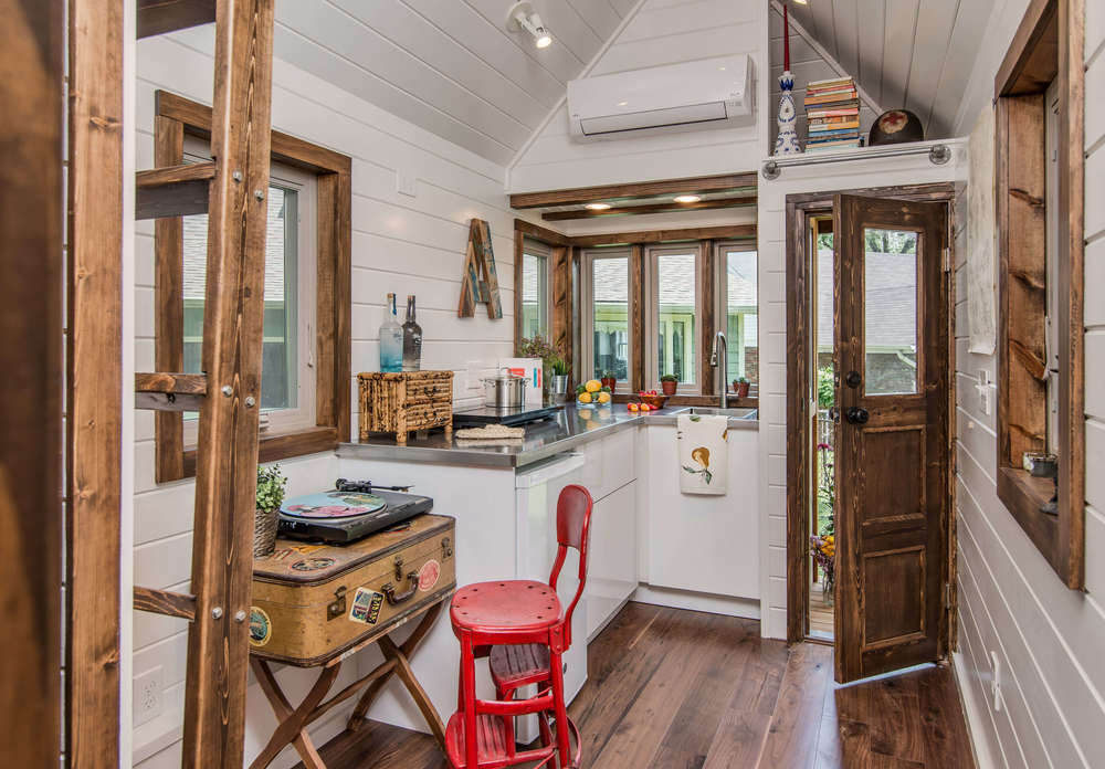 TINY HOUSE TOWN: The Cedar Mountain From New Frontier Tiny