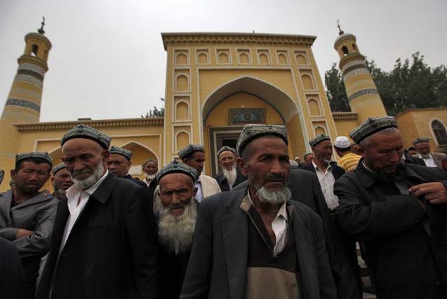 Pemerintah Cina Terapkan Kerja Paksa untuk Muslim Uighur