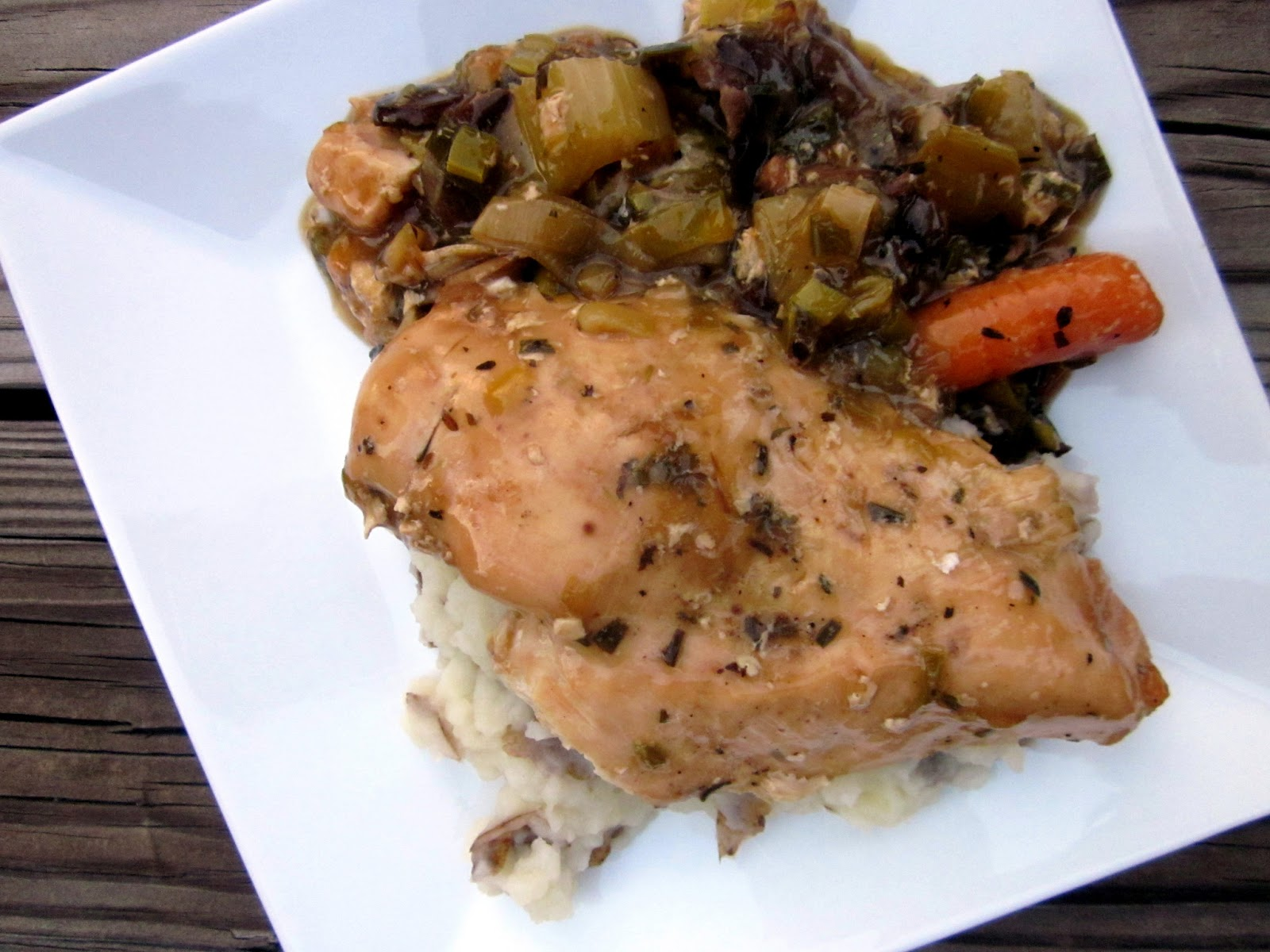 delightful country cookin' smothered slow cooker chicken