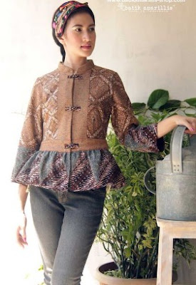 Gambar baju batik santai elegan model terkini
