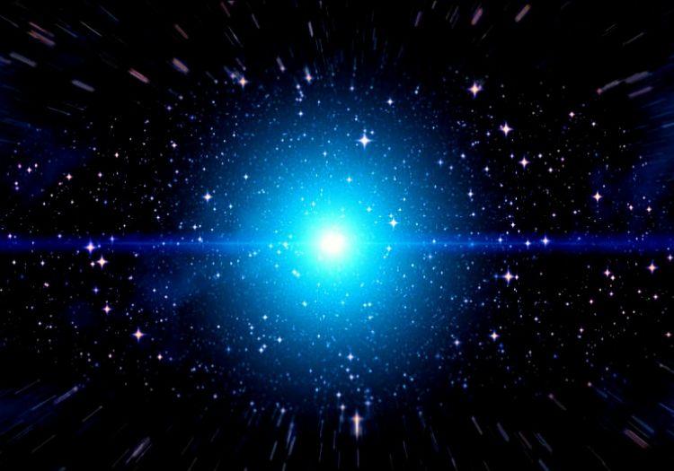 İkarus adlı dev mavi yıldız, dünyadan yaklaşık olarak 9 milyar ışık yılı uzaktadır.
