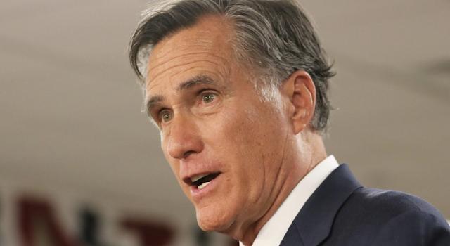 Trump hits Romney for Mueller criticism