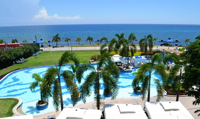 It Is Only The Five Star Hotel Resort In La Union That Can Give You A World Cl Experience Thunderbird