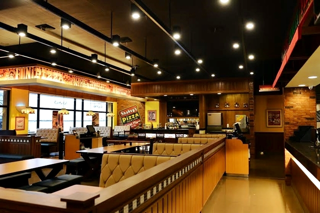 Shakey's First Open Kitchen Branch in Buendia Makati and the Shakey's Yoghurt Summer Summer Bliss
