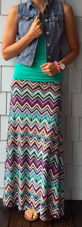 LuLaRoe Spring Outfits iDeas #SpringOutfits #LuLaRoe