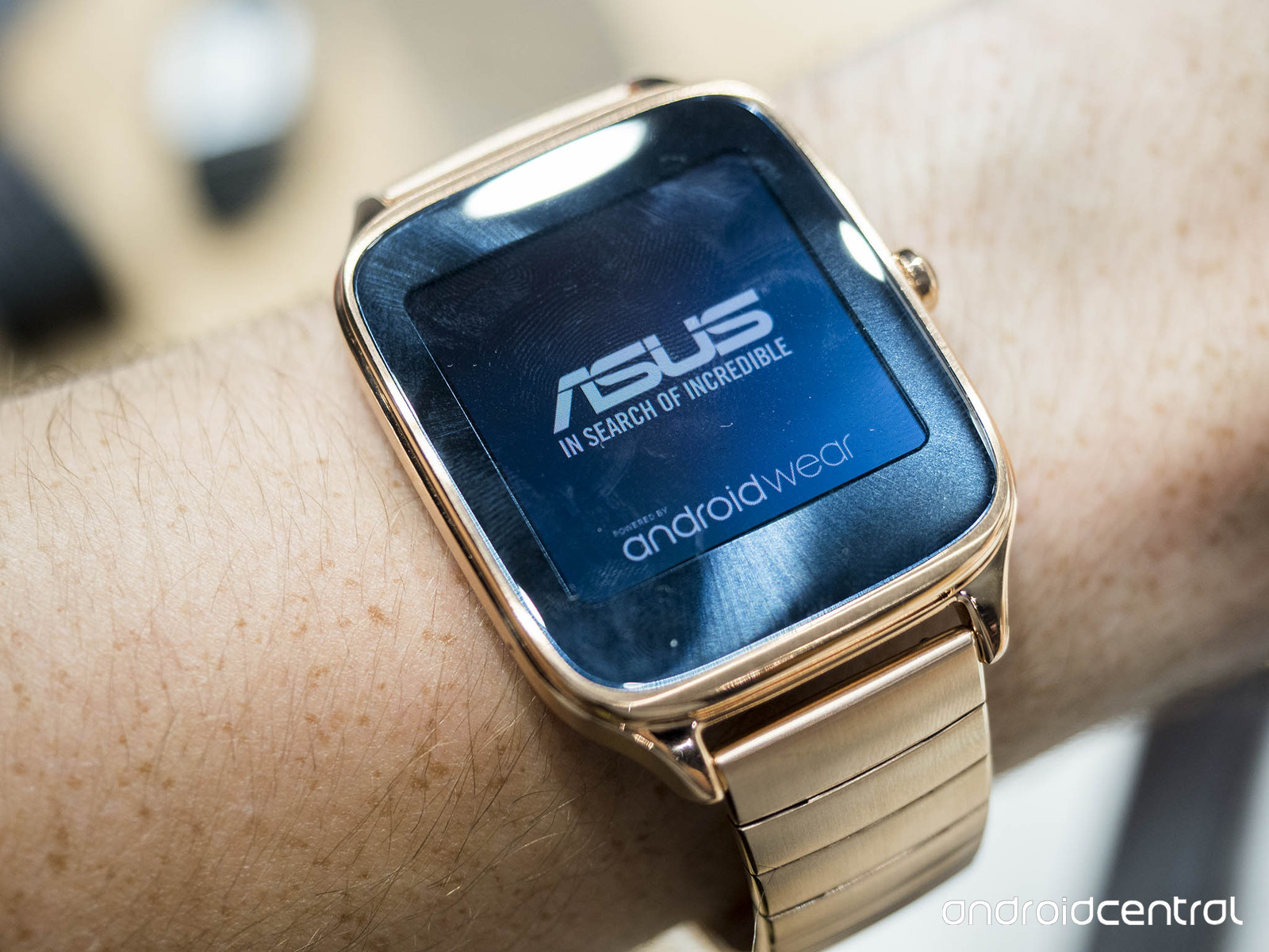 ASUS Unveils New ZenWatch 2 in Two Sizes