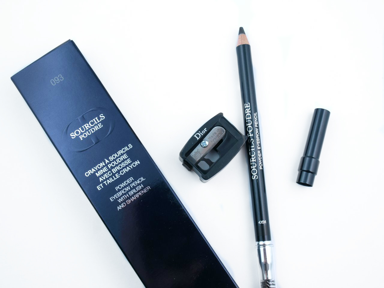"Dior Powder Eyebrow Pencil with Brush & Sharpener in ""093 Black"": Review and Swatches"