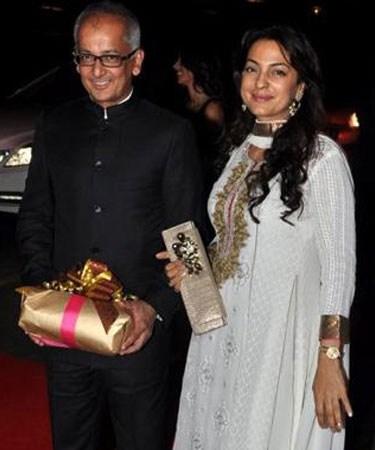 12 Major Awkward Looking Couples Of Bollywood, Couple At No