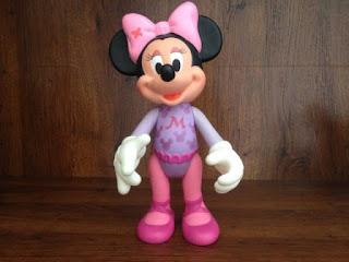 Gambar Boneka Minnie Mouse Lucu dan Imut 9
