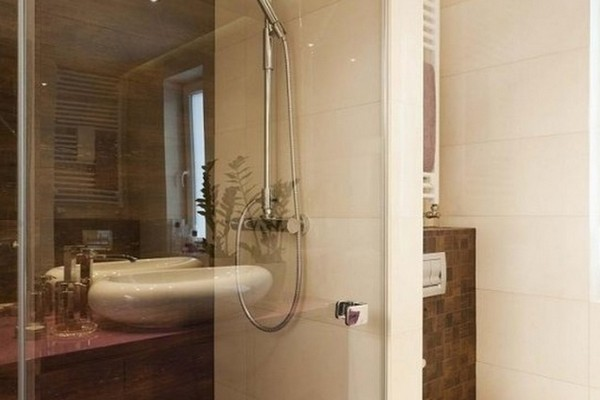 Badezimmer Modern Gefliest