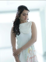 Actress Rashi Khanna New dazzling pics-cover-photo