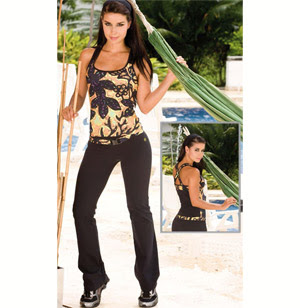 27ca303306f8a One of Palm Beach Athletic Wear's newest workout outfit sets for women from  top fitness wear brand, Protokolo is this Candy Two Piece Activewear Set.