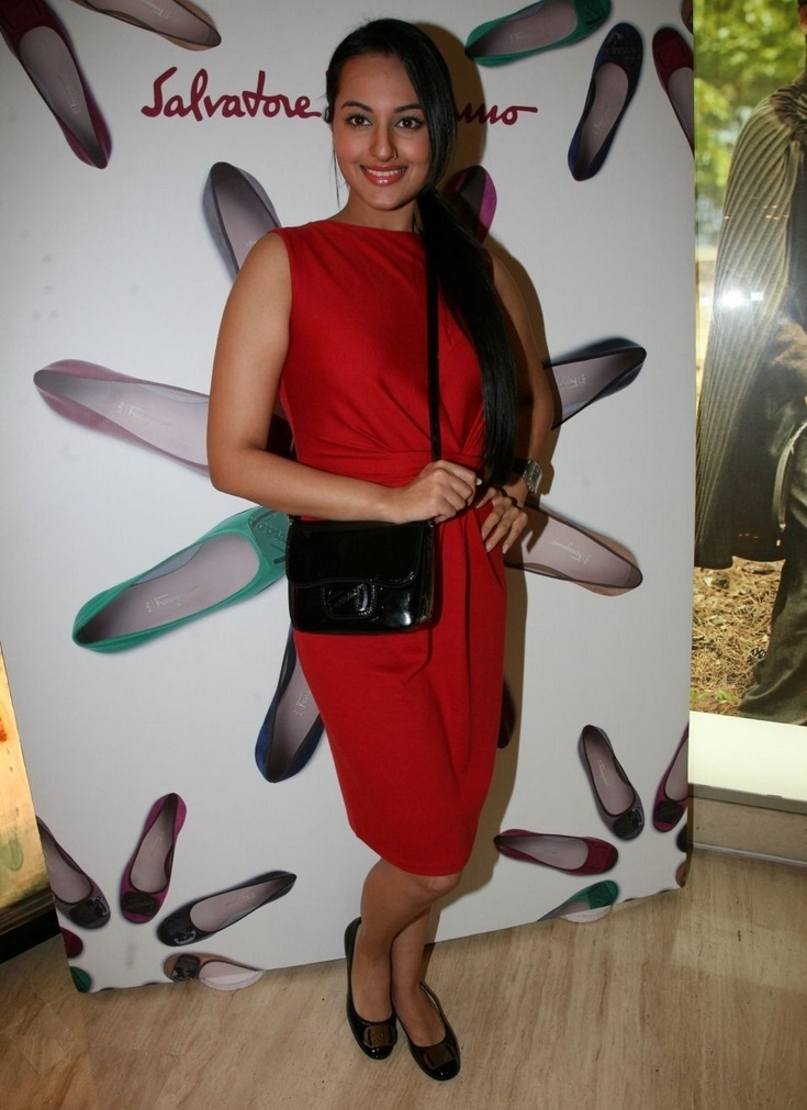 Bollywood Hot Actress Sonakshi Sinha Legs Show Stills In Red Dress