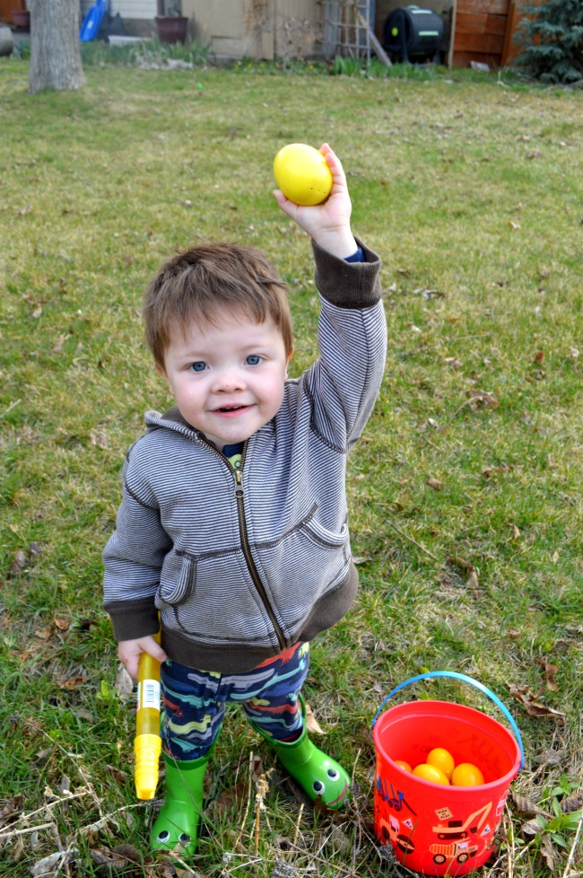 family easter egg hunt ideas