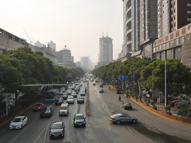 vehicles on Bayi Road (八一路) in Changsha