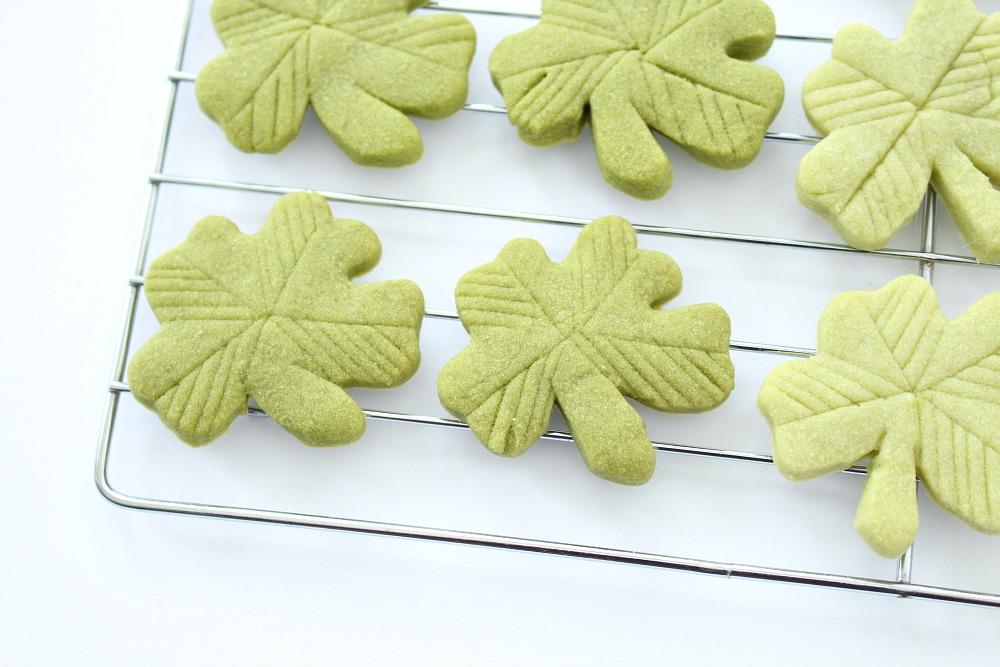Easy green bake sale cookie idea