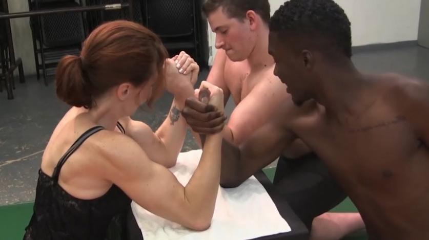 Women VS two man Armwrestling