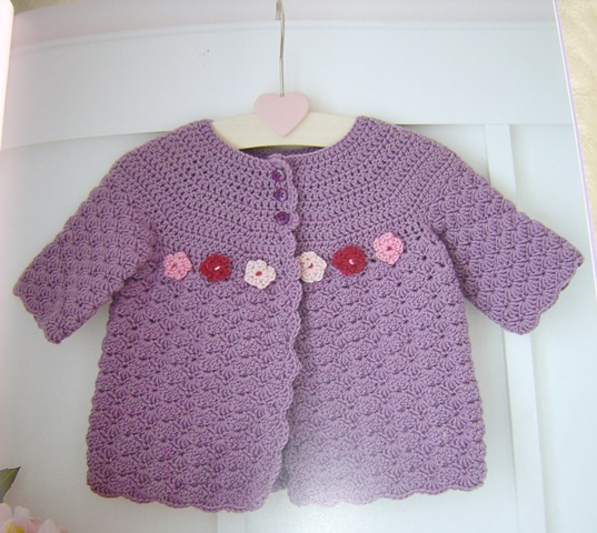 Enthusiastic Crochetoholic Crocheted Baby Clothes Book